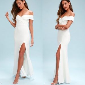 White Off-the-Shoulder Maxi Dress - Size XS